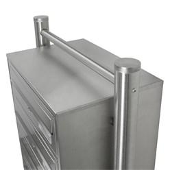 Briefkastenanlage mit Standfuß 3 Fach silber, 50x120x27 cm, aus Edelstahl