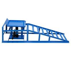 2 Stücke Auffahrrampe mit hydraulischem Wagenheber, 2000 kg, aus Stahl